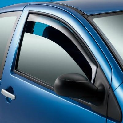 Wind and Rain Deflectors for the Navara D40 Pickup Truck